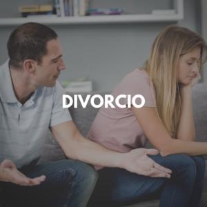 Divorcio y un pareja discutiendo